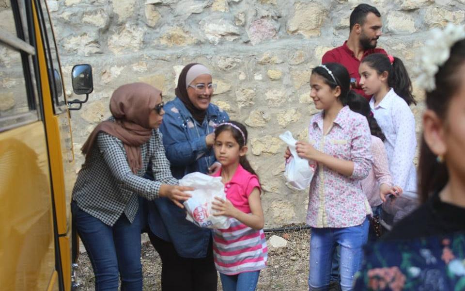 Slideshow: Iris Women CC Ramadan day for Syrian refugees