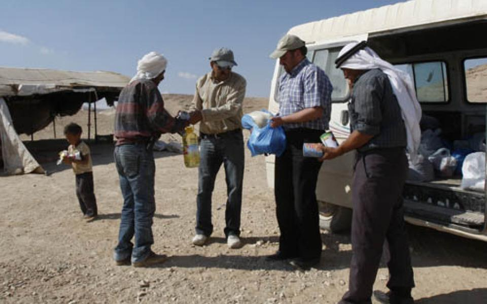 VFP_Relief_Project_for_Bedouins_in_Palestine_-_6_September_2009.jpg