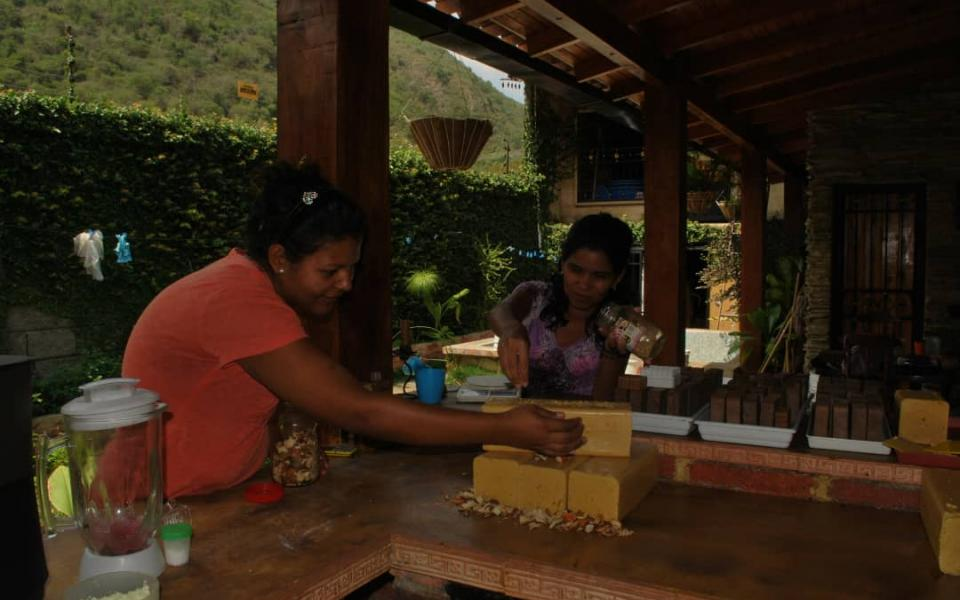 Women in the Venezuelan Andes Becoming Empowered Through Eco-friendly Soap