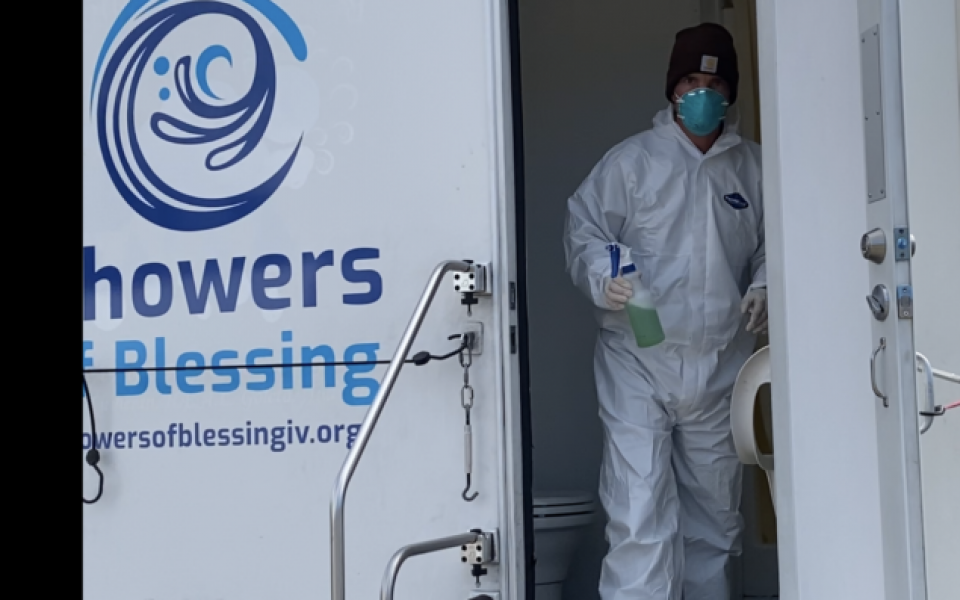 Shower Program Continues to Help Homeless Despite Pandemic Challenges