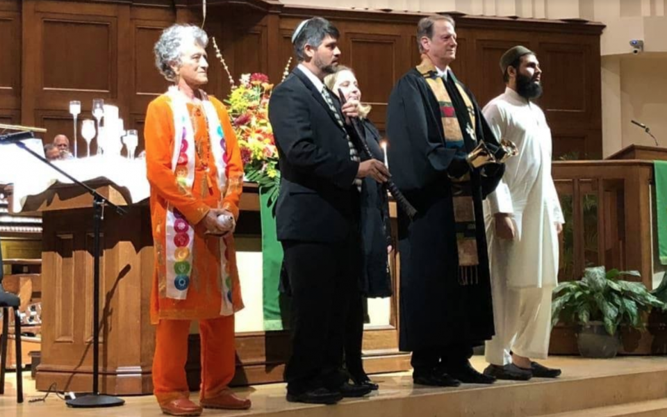 Swami Anjani at the Interfaith Thanksgiving Service, 2018